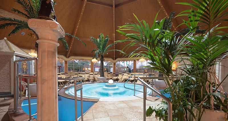 schwimmbad palm beach